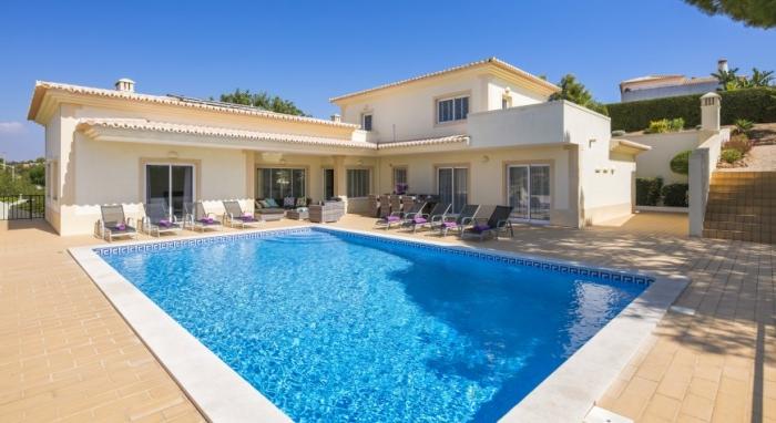 Villa / house Antemara to rent in  Carvoeiro