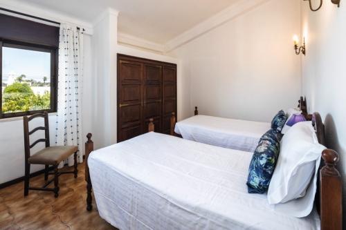 Villa / house maison des pêcheurs to rent in  carvoeiro