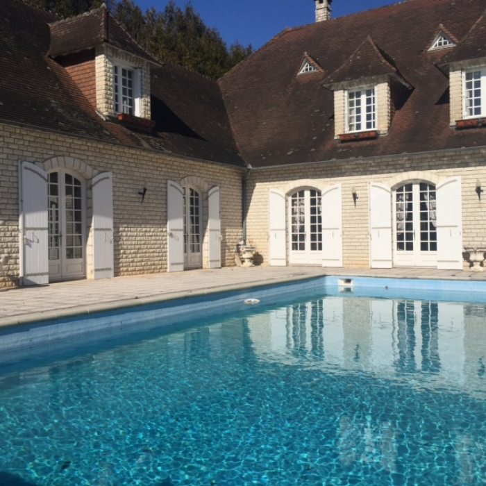 Exceptional property THIVIERS to rent in THIVIERS