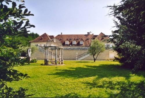 Holiday in exceptional villa : dordogne