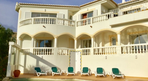 Location villa / maison budens