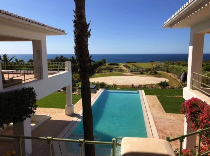 Villa / house Store to rent in Burgau