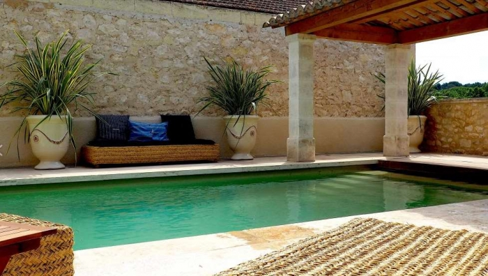 Exceptional property Le mas provencale to rent in Fontvieille