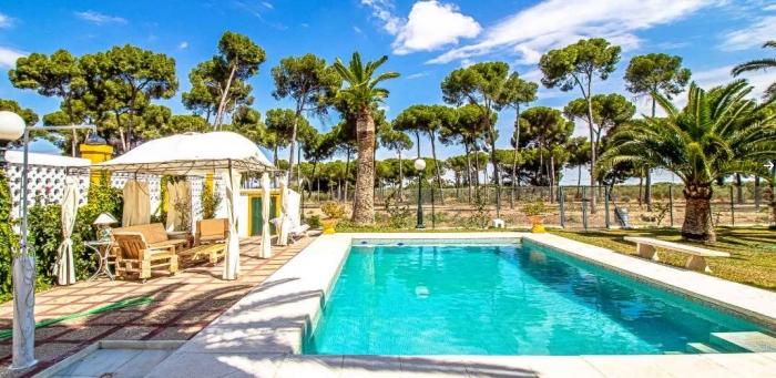 Villa / house L'Hacienda to rent in Marchena