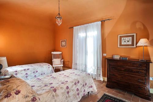 Villa / maison orange  marsala