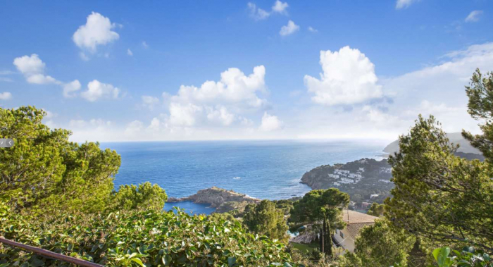 Villa / house Marquesa to rent in Tamariu