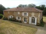 Villa / Haus Montbron zu vermieten in Montbron