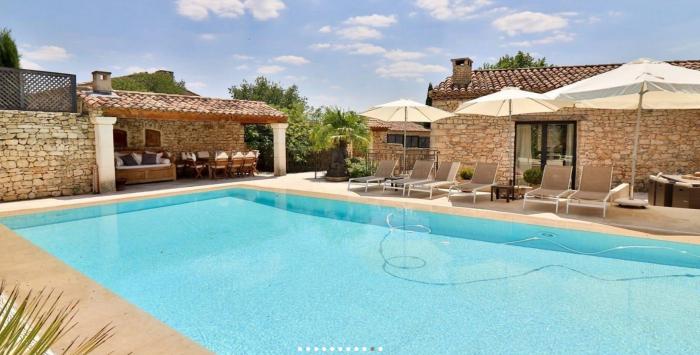 Villa / Maison Villa Eliana à louer à Rustrel