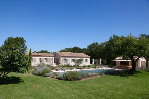 Villa / maison la plénitude  eygalières