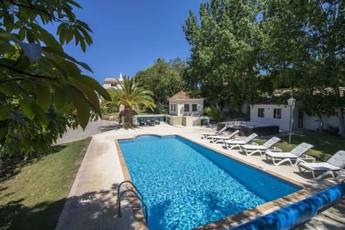 Villa / Maison CARAMELLA à louer à Almancil