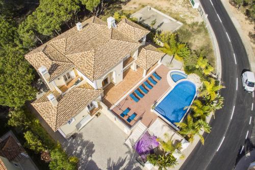 villa à Almancil, vue : Campagne et mer