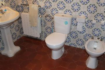 Rent traditional detached house  spain