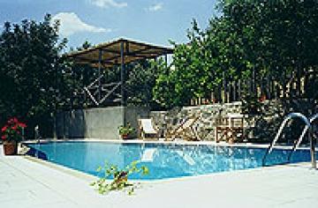 Independent house agapi to rent in perama, crete