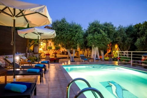 Reserve villa / house tasia