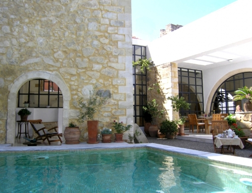 Exceptional property with private swimming pool