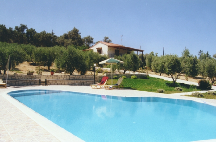 Villa / terraced or semi-detached house Eleni1 to rent in Rethymno