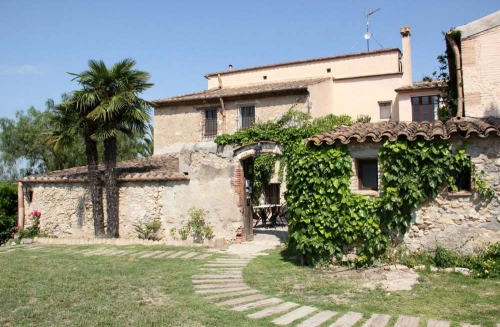 Rent accommodation in a villa / house  spain
