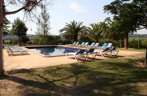 Accommodation in a villa / house l'olivera gran 30303 to rent in subirats