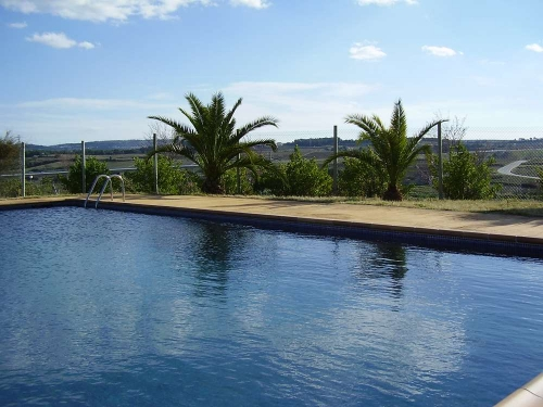 Accommodation in a villa / house for 5 people