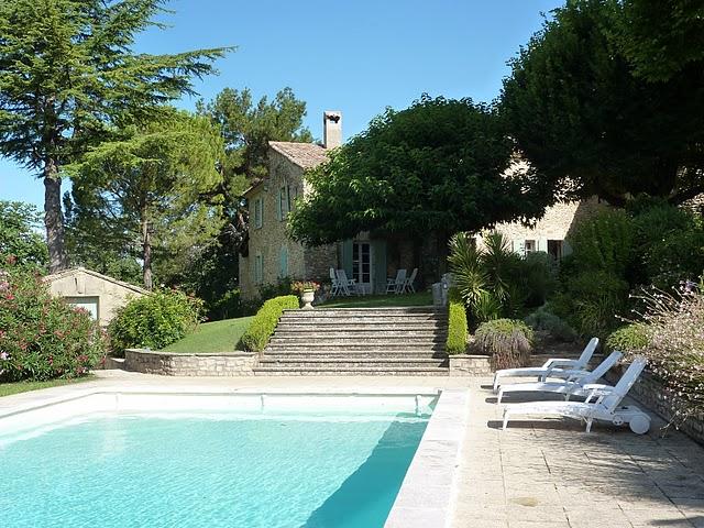 Location villa vaison la romaine 12 personnes rom66 for Piscine romaine