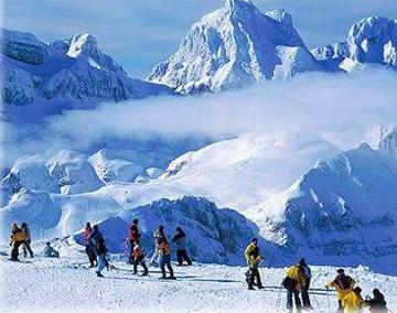 les pyrenees ski