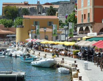 Villefranche sur mer photographs and images villefranche - Office du tourisme villefranche sur mer ...
