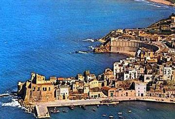 Castellammare del Golfo villas