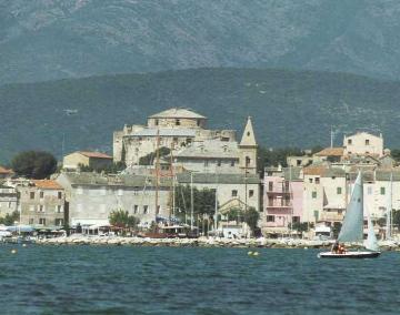 Saint Florent villas